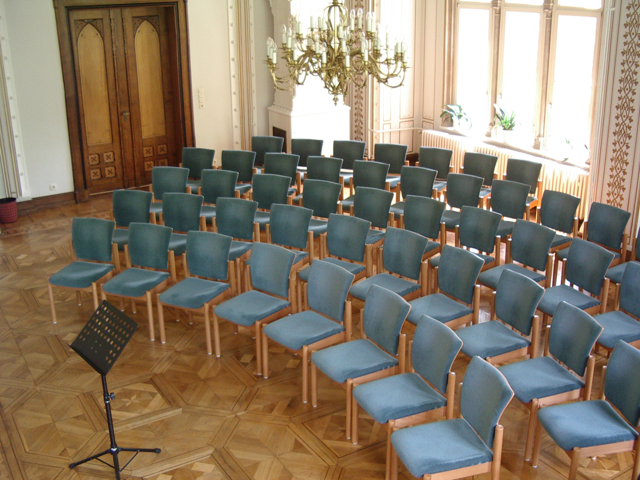 Festsaal 2440